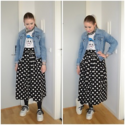 Mucha Lucha - Pimkie Denim Jacket, Bershka T Shirt, H&M Skirt, Bershka Sneakers - Dressed down polka dots