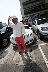 INWON LEE - Byther Over Fit Embossing T Shirt, Byther Skinny Pants, Byther Pink Ribbon Fedora - Casual weekend walk