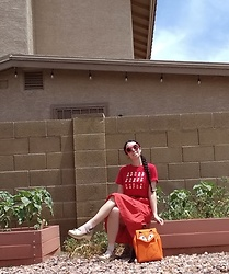 Saguaro Style - Uniqlo Mario Tee, Leafling Bags Fox Backpack, Sven Clogs Bow Tie - 05.09.20