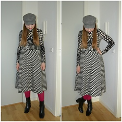 Mucha Lucha - H&M Hat, H&M Roll Neck Top, H&M Skirt, Asos Tights, Topshop Boots - Houndstooth