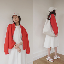 Aliya A - Somemoment Oversized Bomber Jacket Red, Nike Cap, Teva Sandals, Somemoment Bag - Red