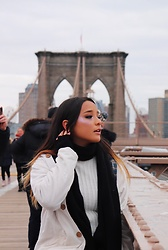 Isabela Pochini -  - Brooklyn Bridge