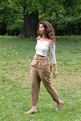 Carmen Schubert - Tally Weijl White Lace Croptop, Zara Brown Pants, H&M Beige Loafer - White Lace