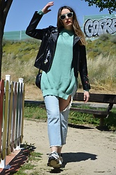 Elisabeth Green - Femmeluxe Sweater, Femmeluxe Jeans - Mint Green Sweater