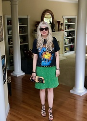 Shannon D - Vintage (1983) Def Leppard Tour Tee, Jane Mayle Skirt, Dolce & Gabbana Heels, Louis Vuitton Clutch, Chanel Bracelets - Spring Style