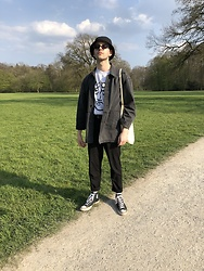 Sascha Kms - H&M Hat, Asos Jacket, Reclaimed Vintage T Shirt, Converse Shoes - Park