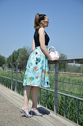 Elisabeth Green - Dresslily Dress, Zara Sandals - Dino Lady Dress