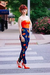Bleu Avenue - Femme Luxe Orange Pu Corset Top – Amy, Collectif Mainline Maddie Oranges Toursers, Shein Orange Patent Heels - Citrus and Sunshine