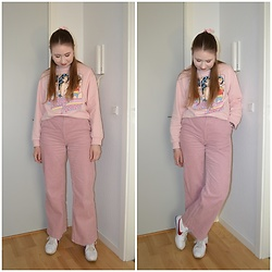 Mucha Lucha - H&M Sweatshirt, H&M Trousers, Nike Sneakers - On Wednesdays we wear pink