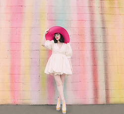 Amy Roiland - Sister Jane Dress - Pastel World