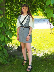 Siri ♧ - Vintag Dress, Wego Cherry Earrings, Vintage Tiny Wristwatch, Nuovo Platform Heels, Wego T Shirt Dress - Within the tree