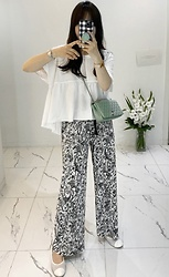 Miamiyu K - Miamasvin Crystal Pleat Allover Pattern Pants | $ 27.60 - Quirky Casual