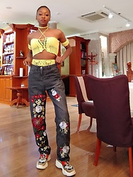 Melody Jacob -  - HOW TO WEAR EMBROIDERED JEANS FOR WOMEN?