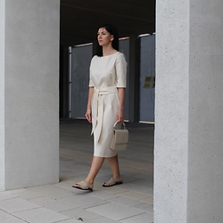 Kat I. - Mila Vert Dress, Hvisk Bag - Cream tones