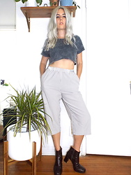 Christine Bourie - Total Recall Vintage Seersucker Gaucho Pants, Miista Faux Crocodile Ankle Boots, Topshop Acid Wash Crop Top - Hangin' With the Plants