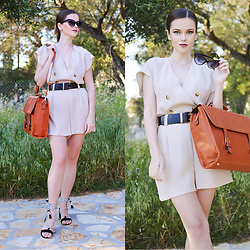 Tamara Bellis - Zara Romper, Bertasche Bag, Asos Sandals, Asos Sunglasses - New Bag For Every Occasion