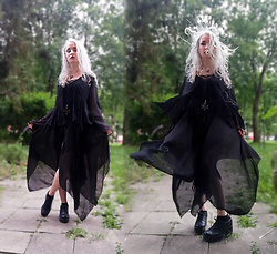 Grim Alex - Aliexpress Bat Necklace, New Yorker Interesting Tank Top, Secondhand Sheer Bolero, Aliexpress Black Layered Skirt With Hexagram, Black Platform Shoes - Witchy Vibes