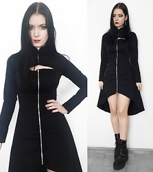 Raven von Strange - Dr Faust Dress - Hi Lo Dr Faust dress