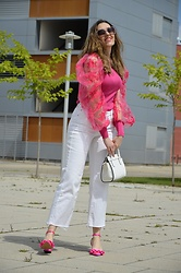 Elisabeth Green - Femmeluxe Top, Mango Jeans, Asos Shoes - So Fuchsia
