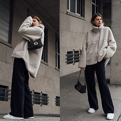 Jacky - Arket Jacket, Holzweiler Pants, Fendi Bag, Adidas Sneaker - Cozy Outfit with Teddy Fleece Jacket