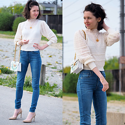 "Claire H - Thomas Sabo Necklace With An Amulet ""Kaleidoskop Schmetterling"", Zara Crochet Shirt, Levi's® Mile High Super Skinny Jeans, Zara Nude Pumps, Tory Burch Gemini Link Shoulder Bag - Vintage inspiration"