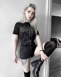 Joan Wolfie - Killstar Shorts, Behemoth T Shirt, Altercore Shoes - BEHEMOTH // IG: @joanwolfie