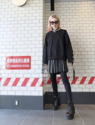 Emmalynn V - Celine Square Oversized Sunglasses, Unif Double Ring Choker, Vetements Wash Tag Sweatshirt, Jeffrey Campbell Shoes Combat Boots, Faux Leather Pleated Skirt - Tokyo Kawaii Goth