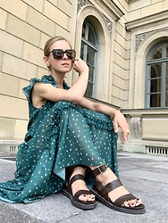 Anna Borisovna - Ivy & Oak Dress, Massimo Dutti Shoes - The green dress