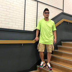 Mannix Lo - Oversize Tee, H&M Cargo Shorts, Sacai X Nike Ldv Waffle Sneakers, Washed Cap - Biggest comeback? Making yourself happy again