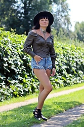 Moda_i_takie_tam - River Island Khaki Shirt, H&M Jeans Shorts - Before...