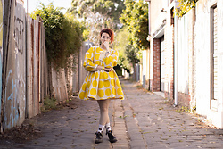 Jennifer Hankin - The Emerald Ruby Yellow Dotted Baby Doll Dress, Dr. Martens Black Boots - Sunshine polkadots