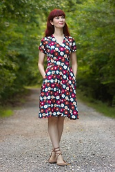 Bleu Avenue Ofbleuavenue - Karina Cece Dress Mountain Floral - Nature Walk: Mountain Florals
