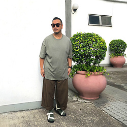 Mannix Lo - Oversize Tee, Loose Fit Pants, Outdoor Sandals - The process would be slow, but you will surely grow