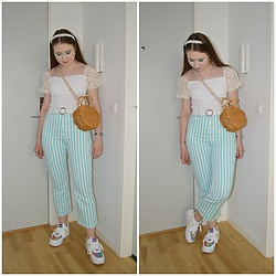 Mucha Lucha - New Look Top, Asos Belt, Topshop Bag, Asos Jeans, Nike Sneakers - Another cute travel outfit
