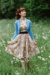 Bleu Avenue Ofbleuavenue - Retrolicious Letters Print Dress, Collectif Clothing Jean Bolero Shrug - Back to School Blues