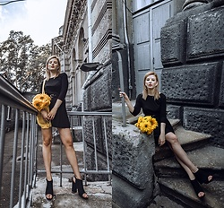 Vlada Kozachyshche - Pull & Bear Dress, Mohito Sandals - Lady and Sunflowers
