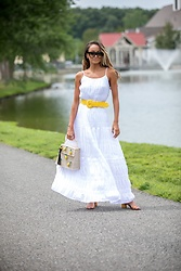 Lauren Recchia - Bb Dakota White Dress, Celine Sunglasses, Love Shack Fancy Yellow Belt, Mercedes Salazar Pineapple Bag - Easy & Effortless