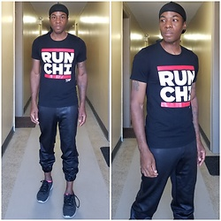 Thomas G - Black Label By Chico's Faux Leather Jogger Pants, Skechers Skech Knit, Durag, Fleet Feet Run Chi (Chicago) - Hip-hop collides with fitness