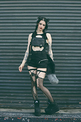 Severine A - Iamgia Shorts, Buffalo Platforms, Alyx Bag, Bloodmoon Fantasy Tail And Ears - Kitsune // IG @Feline.Intuition