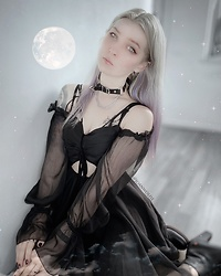Joan Wolfie - Unzzy Dress, Unzzy Choker - MOONCHILD // IG: @joanwolfie