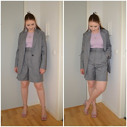 Mucha Lucha - H&M Blazer, H&M Top, H&M Shorts, H&M Heels - Another great shorts suit