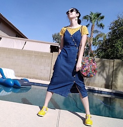 Saguaro Style - Springfield Origami Tee, Universal Thread Denim Button Down Dress, Amerileather Rainbow Circle Bag, Sven Clogs Yellow - 09.10.20