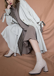 J L - Headspace Atelier Beige Check Trench Coat, Headspace Atelier Beige Jersey Dress - I handmade this look  <3