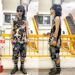 @KiD - Suicidal Tendencies Bandanna, Marilyn Manson Self Remake Tee, Rat Swamp Crust Shorts, Vivienne Westwood Cigarette Case, Dr. Martens 10 Hole, 接吻少女 Leather Necklace, Typhoon Mart Sunglasses - JapaneseTrash598