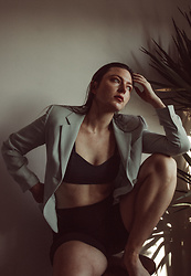 Mariamma Iris - Vintage Pale Blue Blazer, Bralette, Black Biker Shorts - Big Moves
