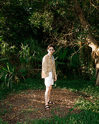 FL JU - Beams Jacket, Zara Shirts, United Colors Of Benetton Shots - Grassland and summer life