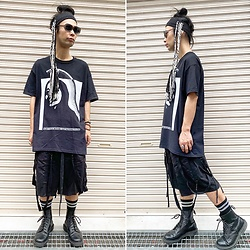 @KiD - Rat Swamp Industrial Hair Band, Vowws Tee, Komakino Bondage Shorts, Dr. Martens Unknown Pleasures, Typhoon Mart Sunglasses - JapaneseTrash601