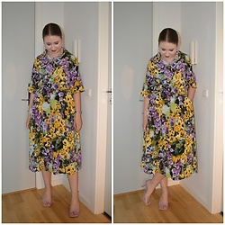 Mucha Lucha - Monki Blouse, Monki Skirt, H&M Heels - Dress or two piece set?