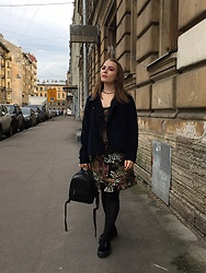 Anastasiia - Pull & Bear Blue Velvet Shoes - Indian Summer