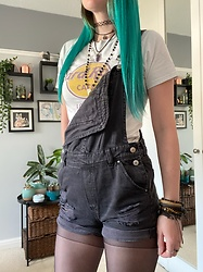 Space Coyote - Hard Rock Café Top, H&M Black Dungaree Shorts - Rock the Casbah